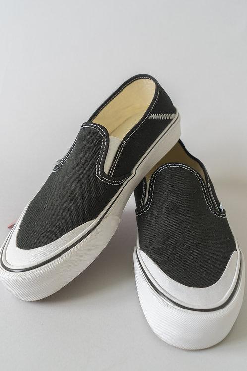 Vans Slip-Ons SF Black & White