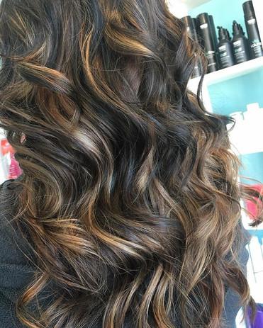 Can you say hair goals_! 🙌🏻 ._._._#ang