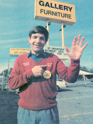 Mattress Mack at the North Freeway Gallery Furniture store in the 1980s.