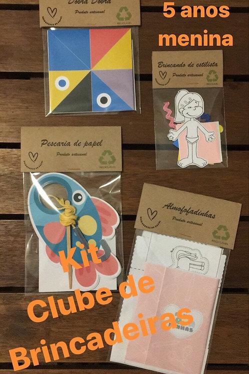 1002- Clube de Brincadeiras