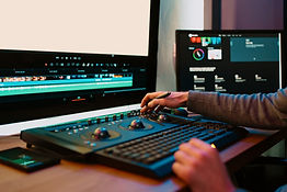 male-video-editor-working-on-his-personal-computer-M2NVYMK.jpg