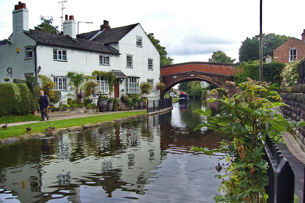 Bridgewater Canal, Lymm, Cheshire