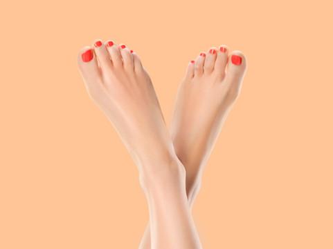 Περιποίηση άκρων (απλό,ημιμόνιμο manicure - pedicure, gel, εισαγωγή στην ποδολογία)