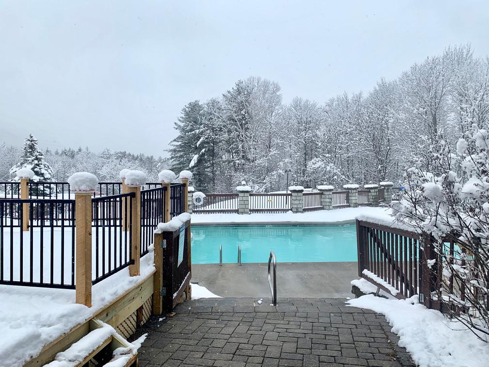 Indian Head Resort Outdoor Heated Pool
