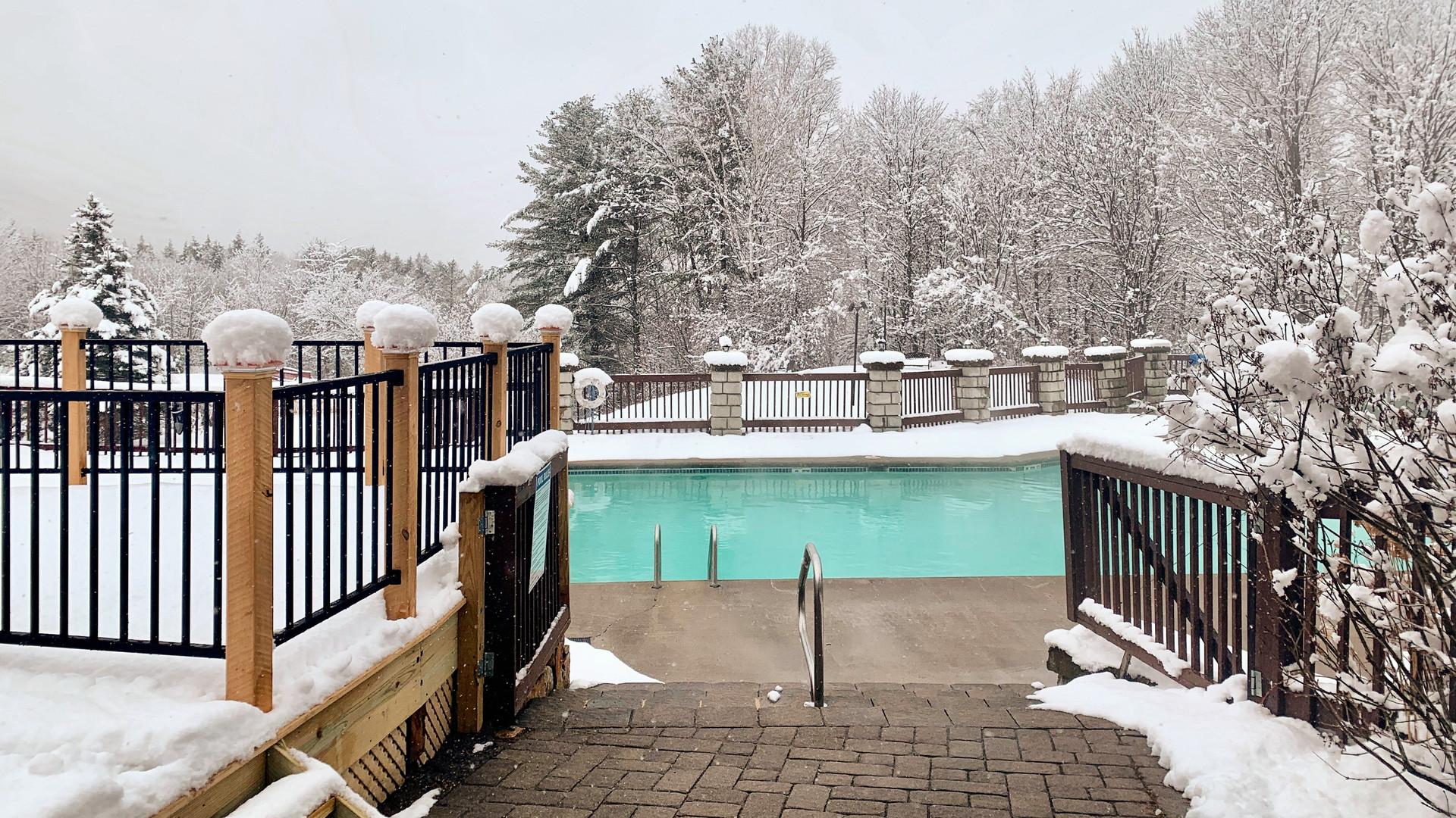 Outdoor Heated Pool Indian Head Resort.j