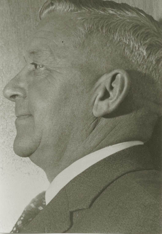 j.h. frenken en profile