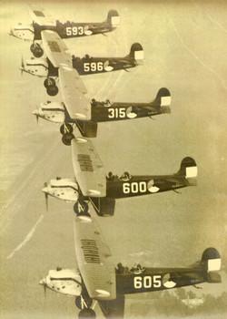Vijf vliegtuigen