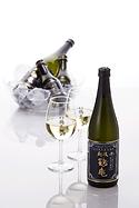 7ワイン酵母仕込み-純米吟醸イメージ.png