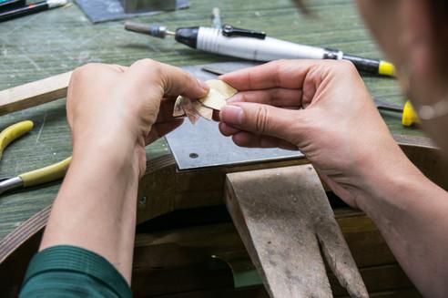 סדנת צורפות, הכנת טבעות בסדנת צורפות.jpg