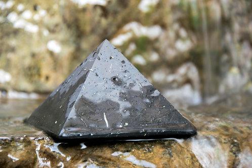 פירמידת שנגייט טבעית, לא מלוטשת