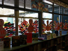 We Give Thanks for Books!