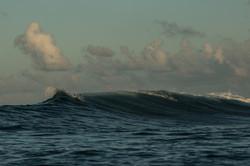 волна на Южных атоллах