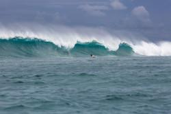 волна на Мальдивах