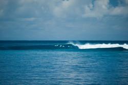 волны на Мальдивах