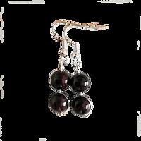 garnet_earrings_2.png