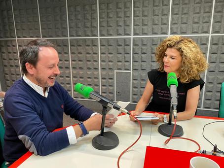 Entrevista radiofónica a Isa Patiño: últimos proxectos de Tulipa e visita a Madrid