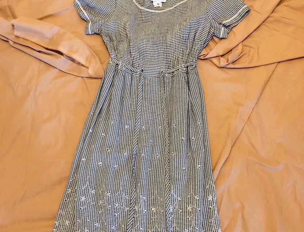 90's Gingham Petite Chore Dress (XS- S)