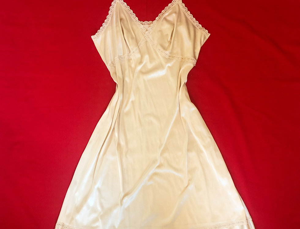 Vintage Structured Nightgown (L)