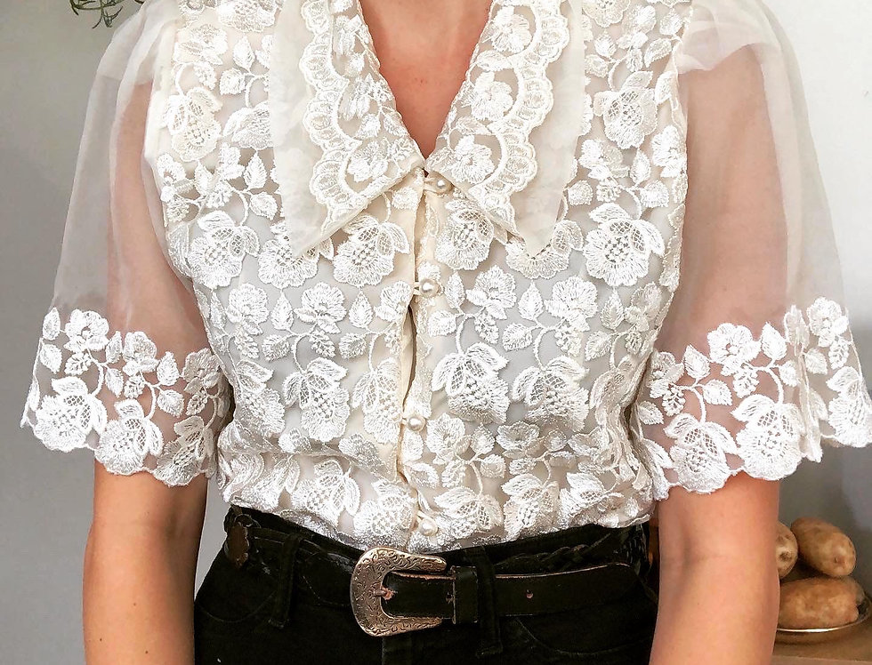 Semi-Sheer Embroidered Collar Blouse (L)