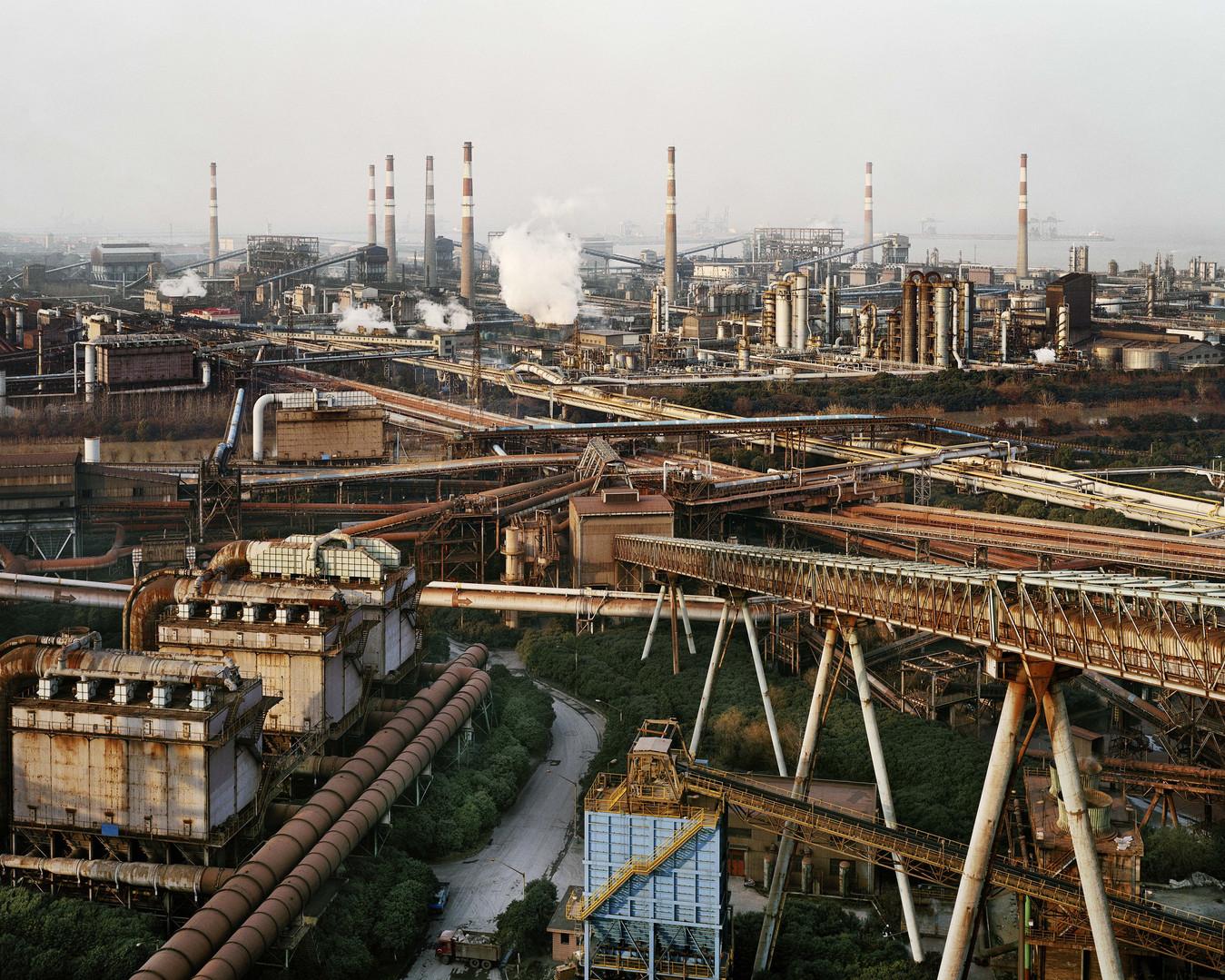 Edward-Burtynsky-Bao-Steel-2-Shanghai-Ch