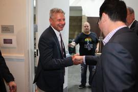 Gary Johnson shaking hands.jpg