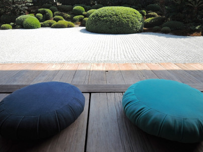 夏休みは座禅・瞑想でクリエイティビティを上げよう!