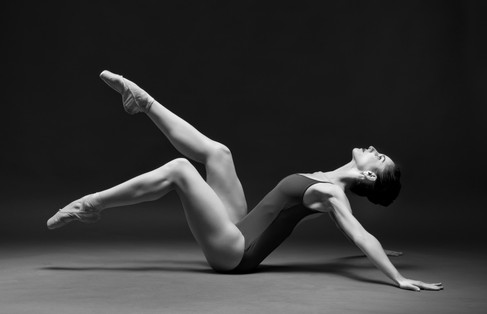 Mirella dance portrait