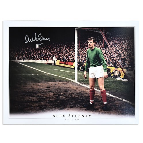 Alex Stepney Man United GoalKeeper Signed Picture