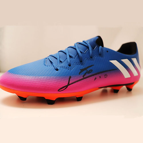 Messi Signed Boot