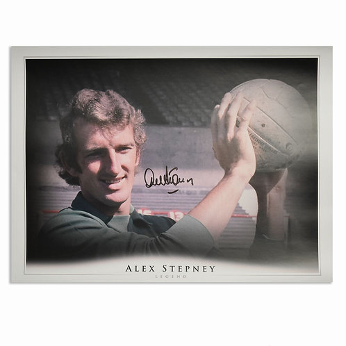 Alex Stepney Signed Manchester United Goalkeeper Picture