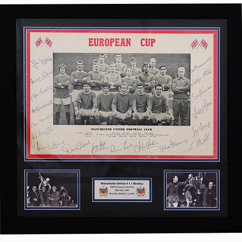 Manchester United European Cup Winners 1968 Signed by 18