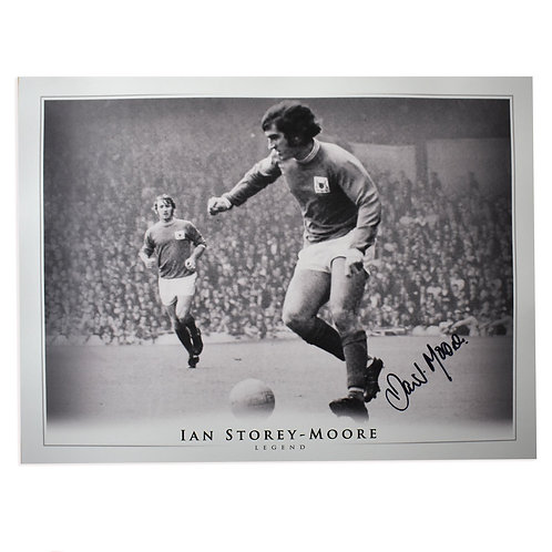 Ian Storey-Moore Signed Nottingham Forest Picture