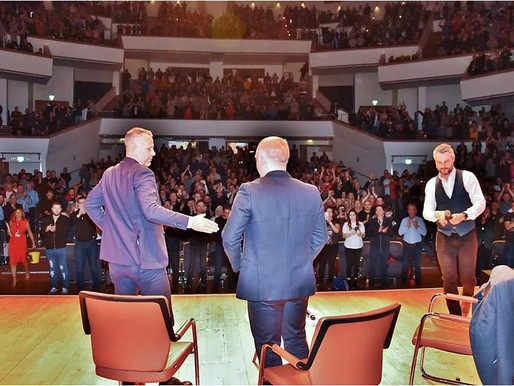 Manchester United Legends Ryan Giggs and Paul Scholes entertain a full house at Belfast's Waterfront