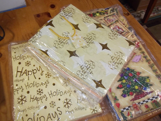 Assorted Gift Bags (1 dz)