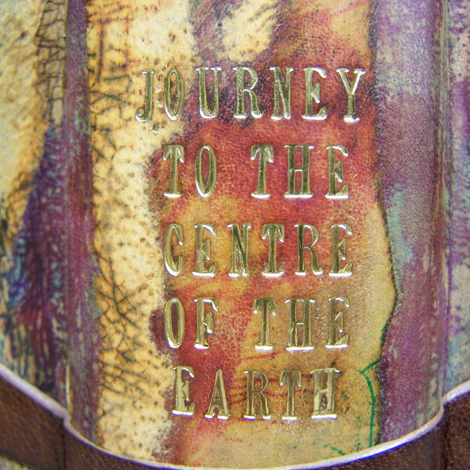 Journey to the Centre of the Earth - Spine Detail