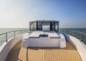 SeafaringYacht-44_Deck-1024x768.jpg