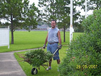 MarkS-Wheelbarrow-9-2007.JPG
