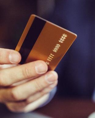 0-Main-credit-card-iStock-672053694-1024
