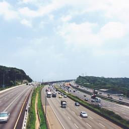 3km to Lekas highway