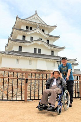 wheelchair accessible tour Amagasaki-castle