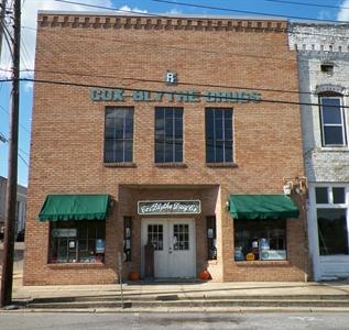 122 College Street West