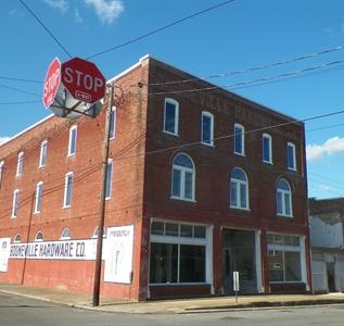 112 Main Street South