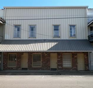 105 Main Street South