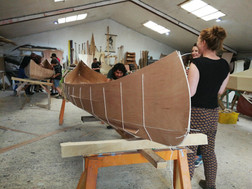 sting clam canoe