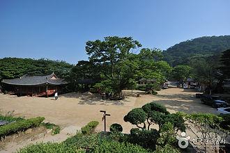 마니산에서 즐기는 캠핑여행_전등사.jpg