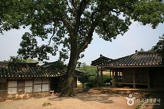 땅끝에서 즐기는 캠핑여행_해남윤씨 녹우당.jpg