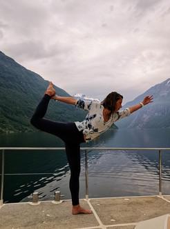 yoga onboard Jolly
