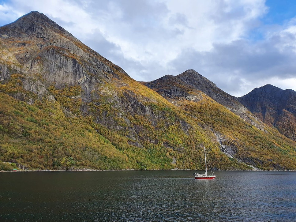 Sailing  in HjØrundfjord | Jolly Good TImes Sailing