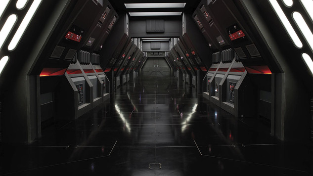 Computer-Bank-Hallway.jpg