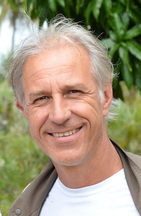 Peter Van den Broucke_edited.jpg